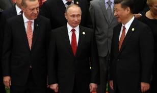 Turkish President Recep Tayyip Erdogan (left), Russian President Vladimir Putin, and Chinese President Xi in Beijing, May 2017. (Mikhail Svetlov/Getty Images)