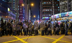 Hong Kong Police in riot gear arrests