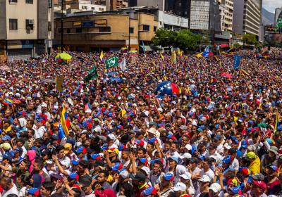 Venezuelan opposition rallies in favor of the humanitarian aid to be delivered on the next few days at several border crossings.  Caracas, Venezuela. 12 February 2019. Editorial credit: Ruben Alfonzo / Shutterstock.com